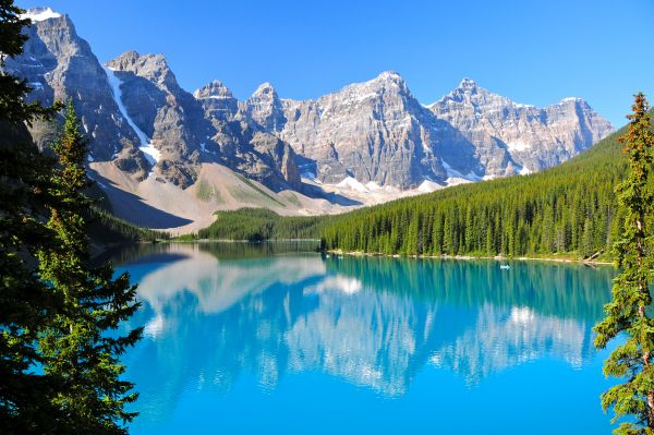 Moraine Lake - Canadian Rockies