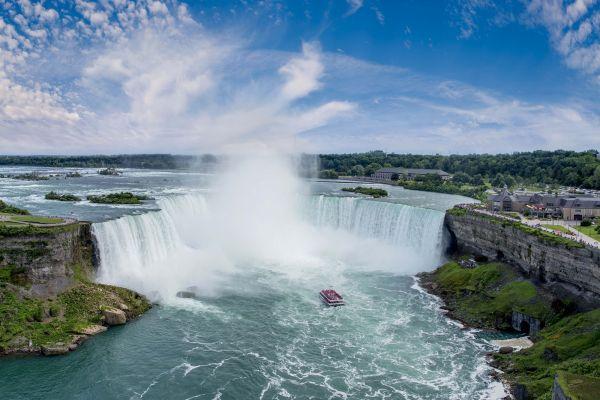 Hornblower Cruises at Niagara Falls