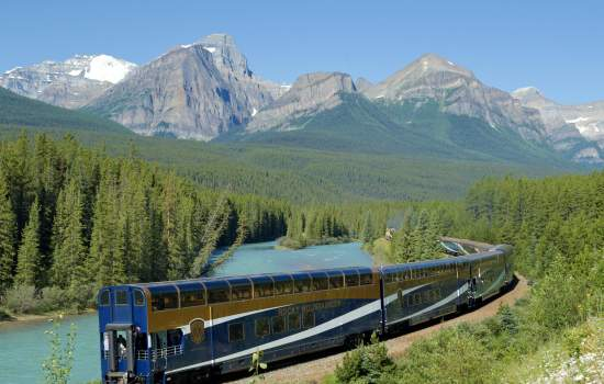 Travel on the Rocky Mountaineer