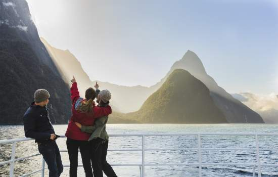 New Zealand Cruise and Coach
